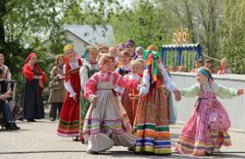 В Троицком благочинии состоится праздник Красная Горка