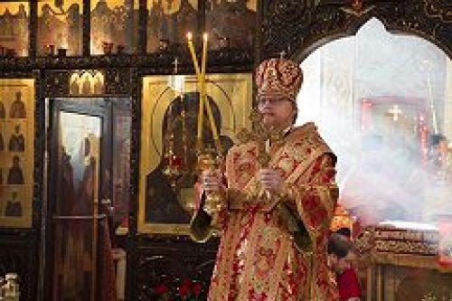 Епископ Подольский Тихон совершил богослужения  в храмах свв. Адриана и Наталии в Бабушкине и  свв. Веры, Надежды, Любови и матери их Софии на Миусском кладбище