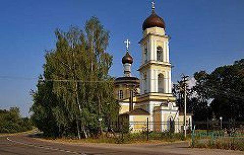 В целях подготовки к детским и молодежным летним лагерям на Патриаршем подворье в селе Здехово будет организован вожатский слет