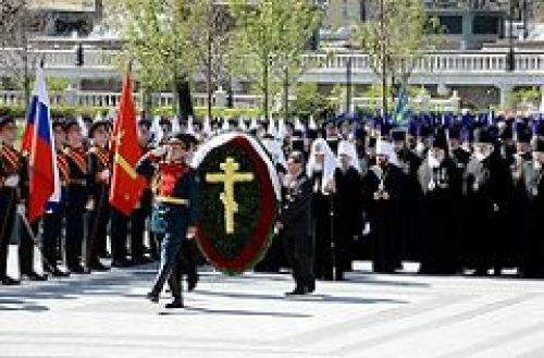 Предстоятель Русской Церкви возложит венок к могиле Неизвестного солдата