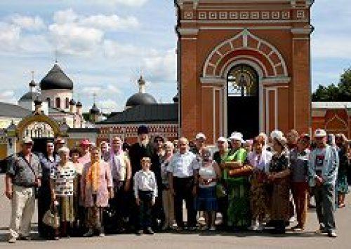 Слушатели «Школы Православия» совершили паломничество в Вознесенскую Давидову пустынь