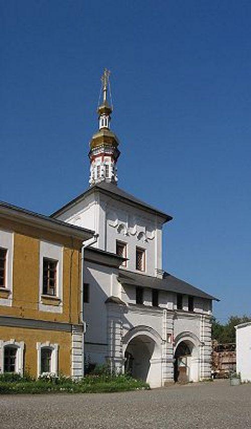 В храме Толгской иконы Божией Матери Николо-Перервинского монастыря воссоздана роспись четверика