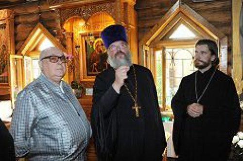 В.И. Ресин посетил храм Живоначальной Троицы в Чертанове
