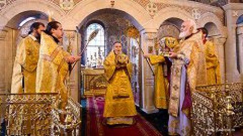 Архиепископ Керченский Анатолий совершил Божественную литургию в храме Преображения Господня в Тушине