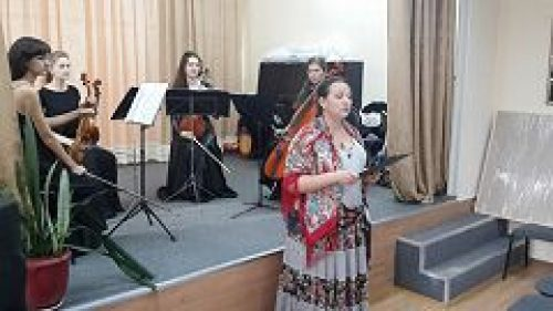 Приход храма Живоначальной Троицы в Старых Черемушках организовал концерт классической музыки в клубе Совета ветеранов Академического района