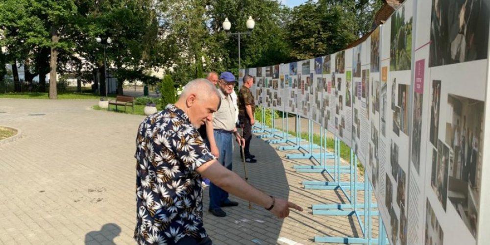 В храме свт. Иова на Можайском шоссе проходит фотовыставка-презентация о деятельности церковных центров России «Возвращение»