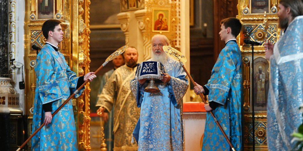 В праздник Успения Пресвятой Богородицы епископ Фома сослужил Патриарху Кириллу на Литургии в Храме Христа Спасителя