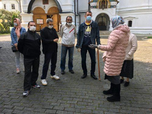 В День трезвости для подопечных центра соцадаптации провели экскурсию по Новоспасскому монастырю