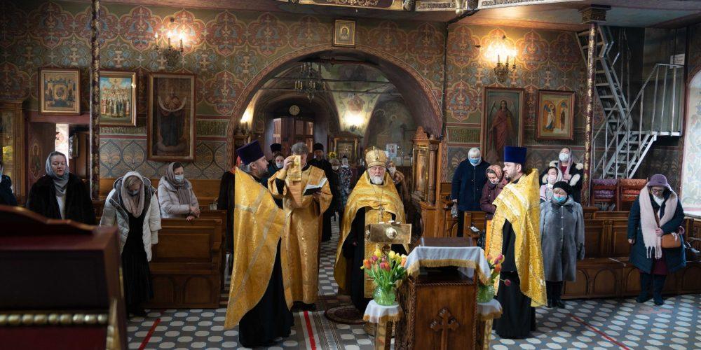 В Западном викариатстве наградили священников и социальных работников храмов за служение во время пандемии
