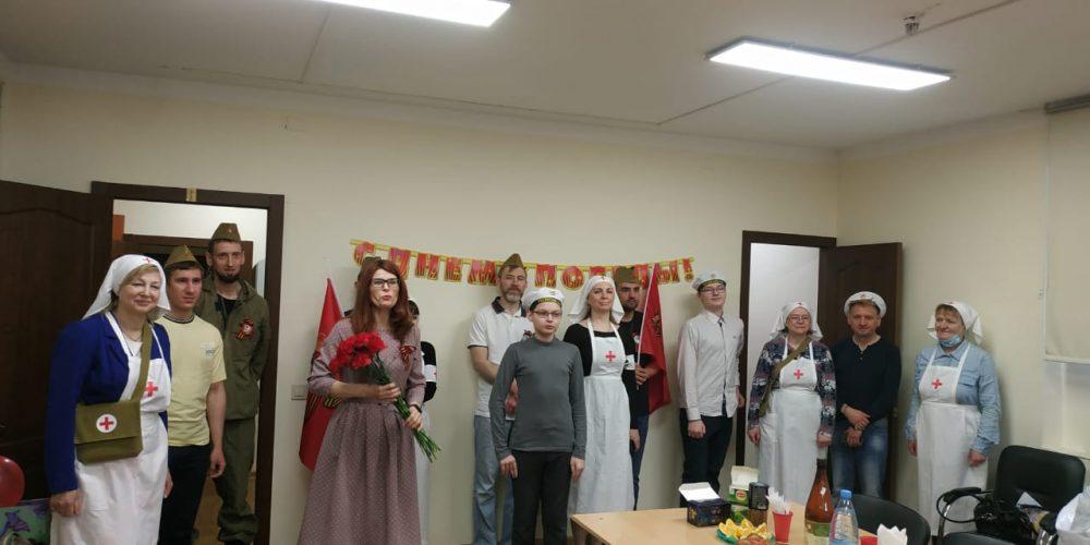 В храме Знамения иконы Божией Матери в Кунцеве поздравили с Днем Победы ветеранов войны