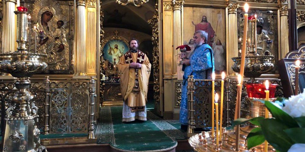 Панихиду по новопреставленному иерею Александру Шумскому отслужил епископ Павлово-Посадский Фома