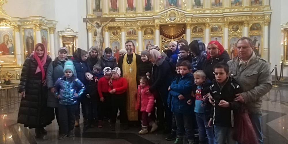 Храм праведного Иоанна Русского в Кунцеве посетили подопечные Общества для детей-инвалидов