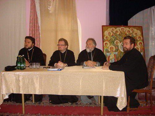 В Актовом зале храма Архангела Михаила состоялось собрание духовенства Западного викариатства