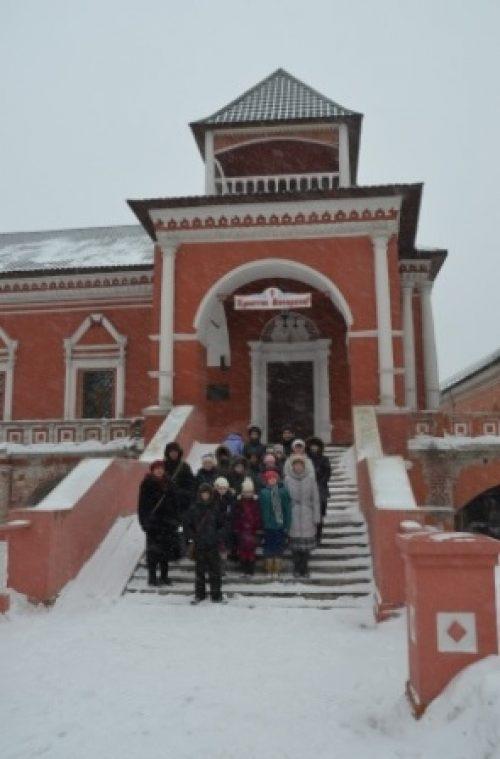 По святыням Москвы: посещение Высоко-Петровского монастыря
