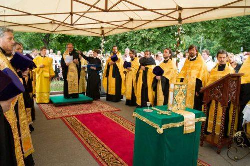Состоялась закладка каменного храма святого праведного Иоанна Русского в Кунцеве
