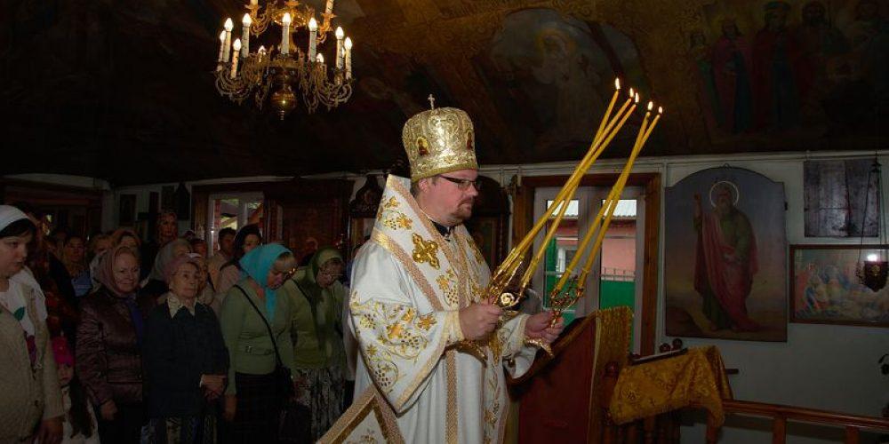14 сентября 2014 г. в день начала индикта – церковного новолетия – епископ Выборгский и Приозерский Игнатий совершил Божественную Литургию в храме преп. Серафима Саровского в Кунцеве.