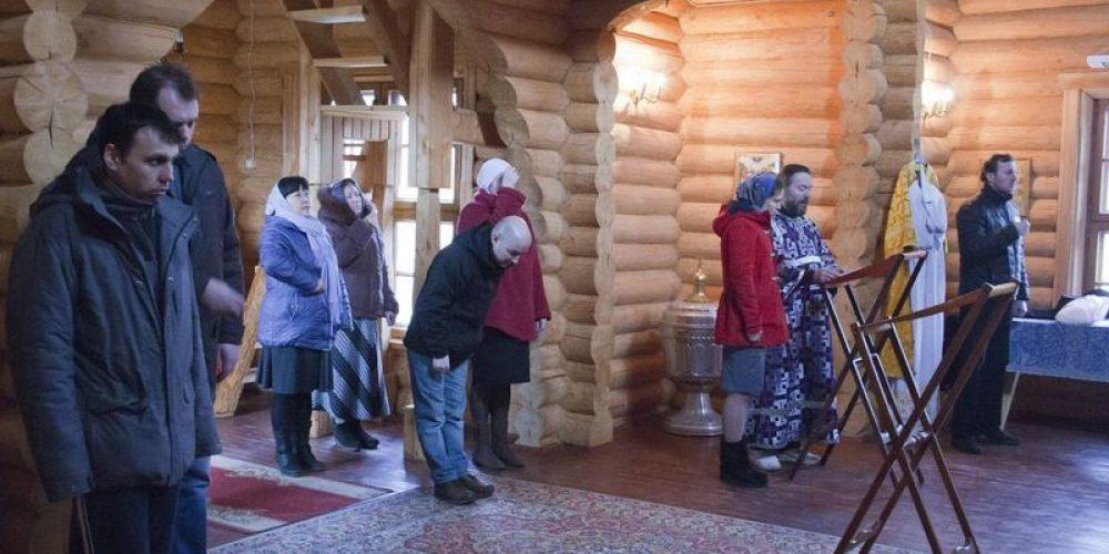 Молодёжная Божественная Литургия в Духовно-оздоровительном центре в Чисмено
