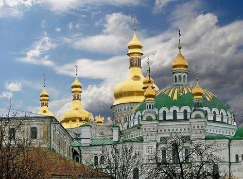 Создана электронная петиция за сохранение Киево-Печерской Лавры в подчинении УПЦ
