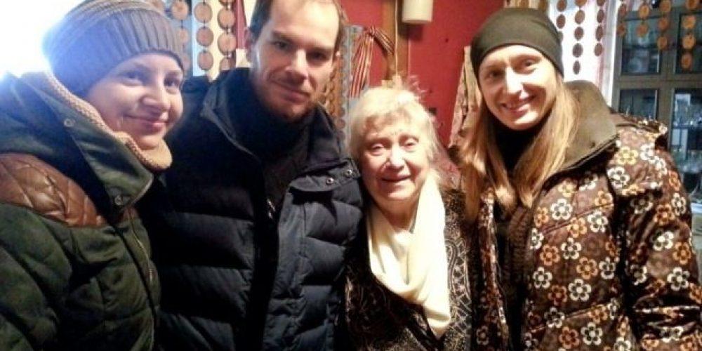 Поздравление бабушек