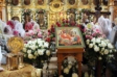 В канун праздника рождества честного славного Пророка, Предтечи и Крестителя Господня епископ Бронницкий Игнатий совершил Всенощное бдение