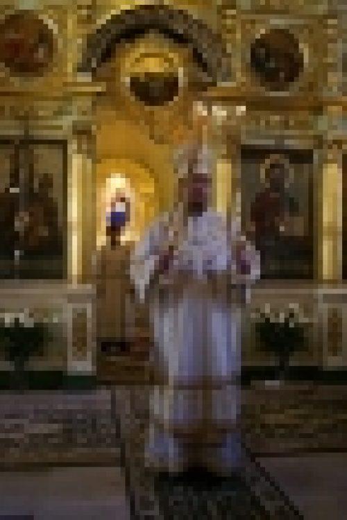 В неделю 7-ю по Пасхе, святых отцев I Вселенского Собора епископ Бронницкий Игнатий совершил божественную литургию в нашем храме