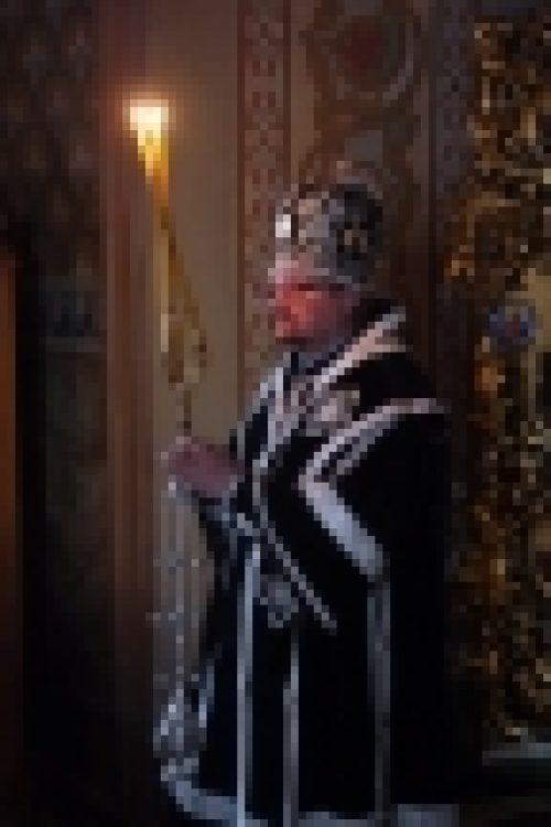 В пятницу первой седмице поста епископ Бронницкий Игнатий совершил Литургию Преждеосвященных Даров в храме Рождества Иоанна Предтечи на Пресне