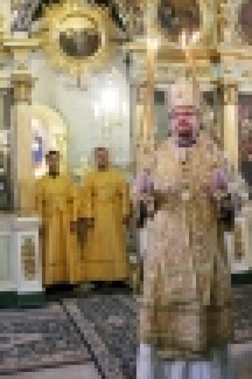 Епископ Выборгский и Приозерский совершил Всенощное бдение в храме Рождества Иоанна Предтечи на Пресне
