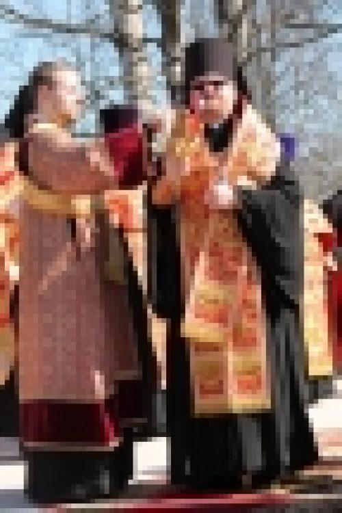 Епископ Выборгский и Приозерский Игнатий совершил чин освящения закладного камня в основание храма святителя Николая Чудотворца в пос.Рощино