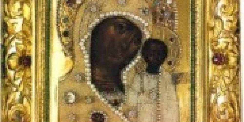 В день празднования Казанской иконы Божией Матери престольные праздники в храмах: