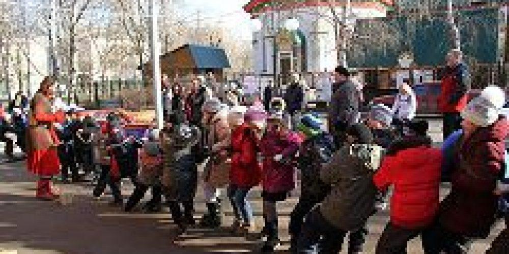 Свыше 400 школьников приняло участие в праздничных мероприятиях, организованных приходом храма Живоначальной Троицы в Старых Черемушках