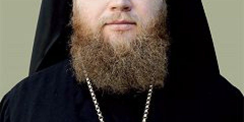 Епископ Воскресенский Савва совершил Божественную литургию в храме прп.Сергия Радонежского в Некрасовке