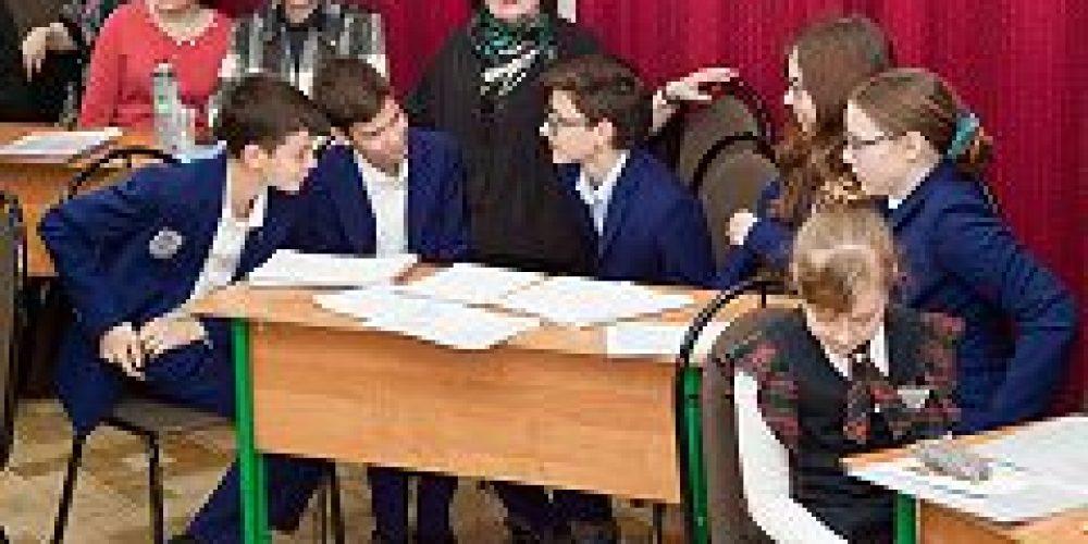 В Елохове прошла интеллектуальная игра, посвященная преподобному Сергию Радонежскому