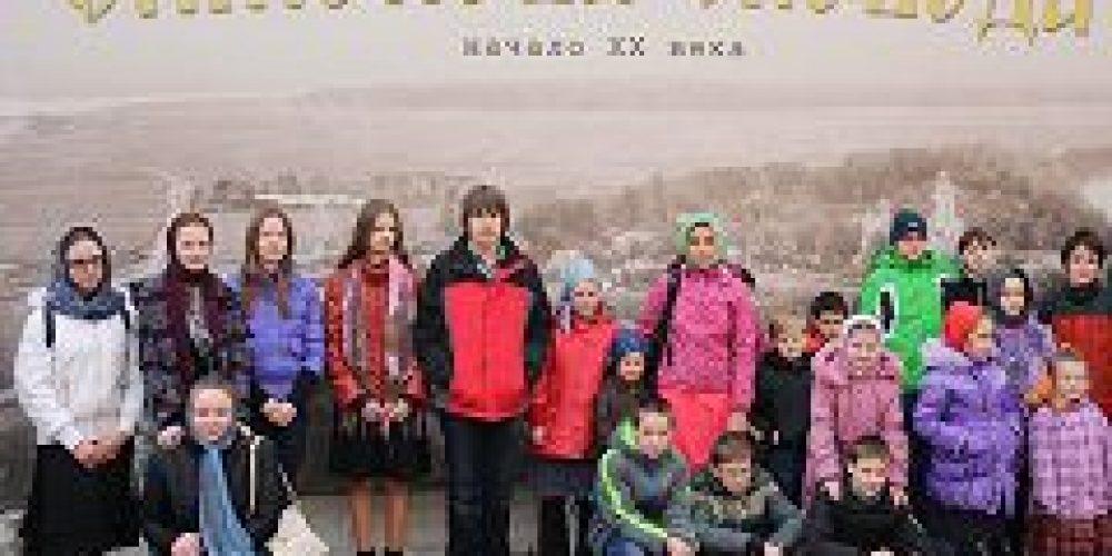 Учащиеся воскресной школы при храме Живоначальной Троицы в Чертанове посетили бывший Симонов монастырь