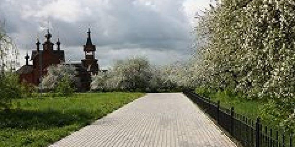При новом храме в честь равноапостольных Константина и Елены в Митино разобьют «народный парк»