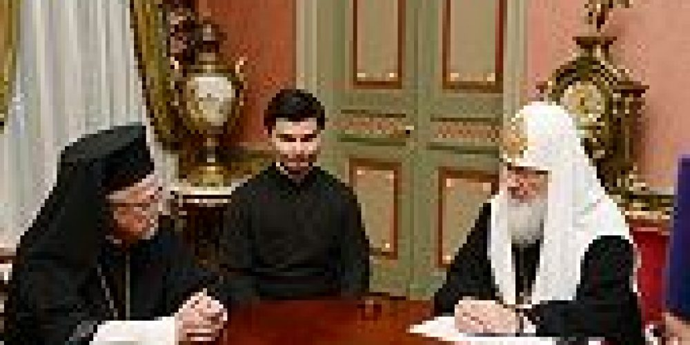Предстоятель Русской Православной Церкви принял митрополита Мексиканского Антония