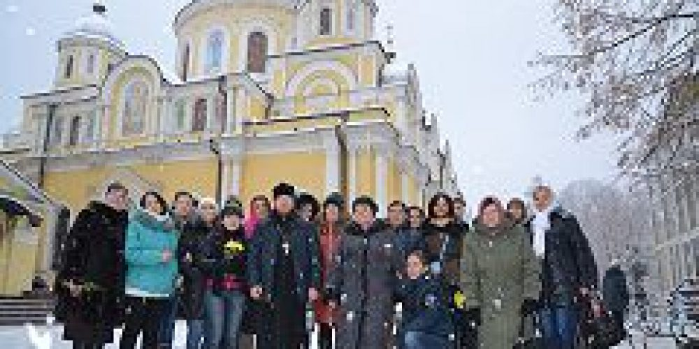 Пациенты Клинического филиала Московского научно-практического центра (НКБ №17) совершили паломничество к мощам блж. Матроны Московской