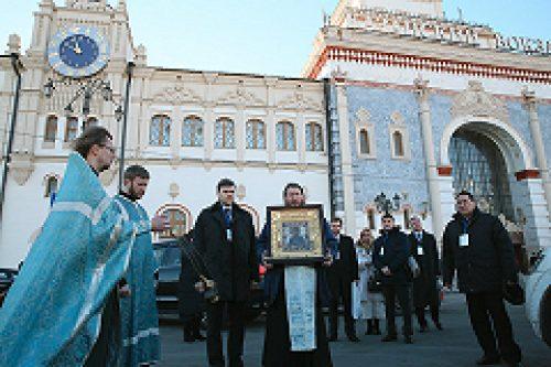 18 февраля на девяти вокзалах столицы пройдет крестный ход о сохранении мира