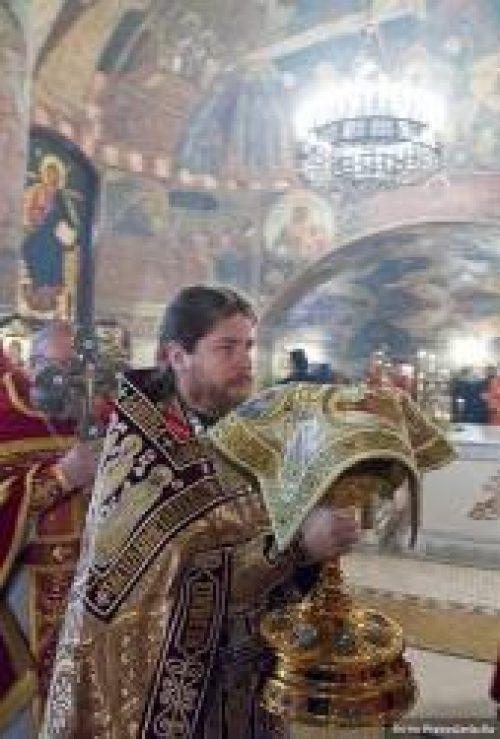 Архимандрит Тихон (Шевкунов): На Пасху мы получаем приглашение в будущую жизнь / Православие.Ru