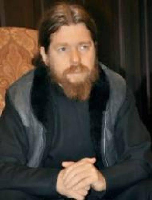 Архимандрит Тихон (Шевкунов): «Нечитающие читатели» и другие феномены нашей жизни / Православие.Ru