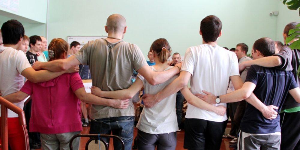 Группа помощи бывшим наркоманам возобновила работу при храме Рождества Богородицы в Крылатском