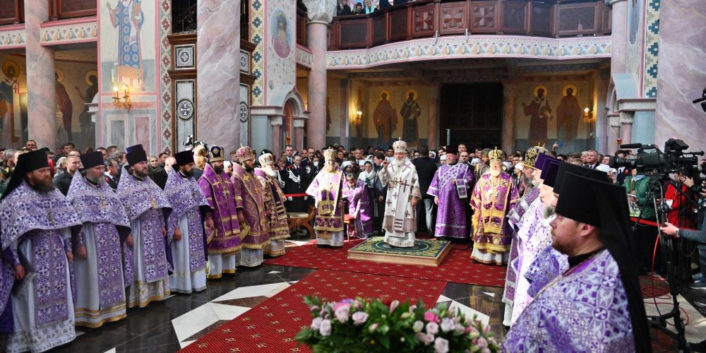 Епископ Фома сослужил Святейшему Патриарху Кириллу за чином освящения Софийского собора в Самаре (+ фото)