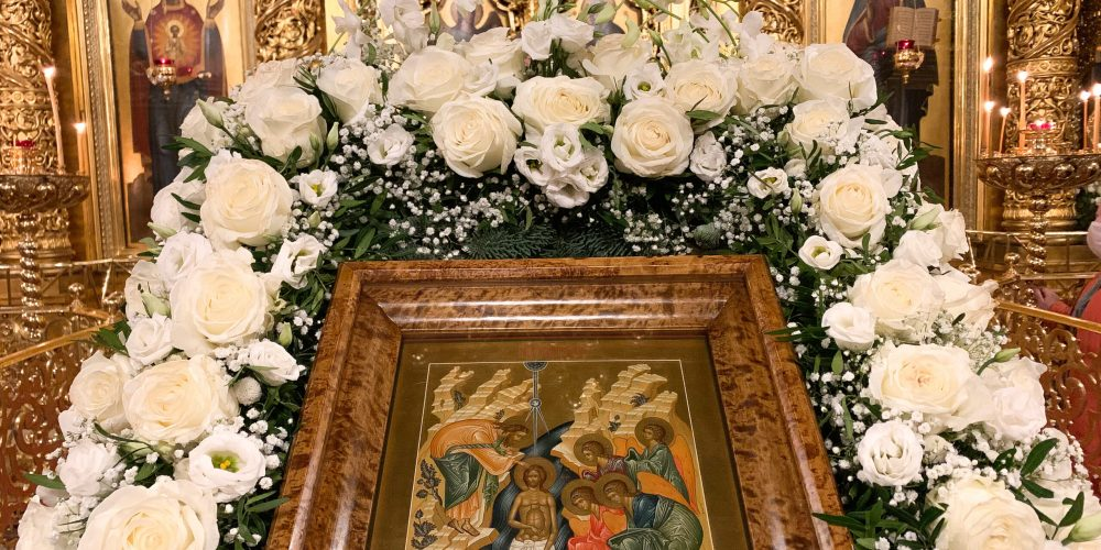 Накануне престольного праздника епископ Павлово-Посадский Фома совершил Всенощное бдение в Богоявленском соборе