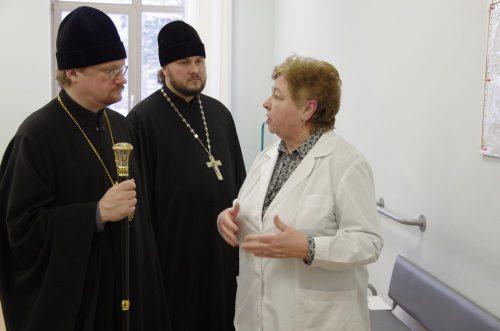 Посещение интерната № 44 епископом Бронницким Игнатием