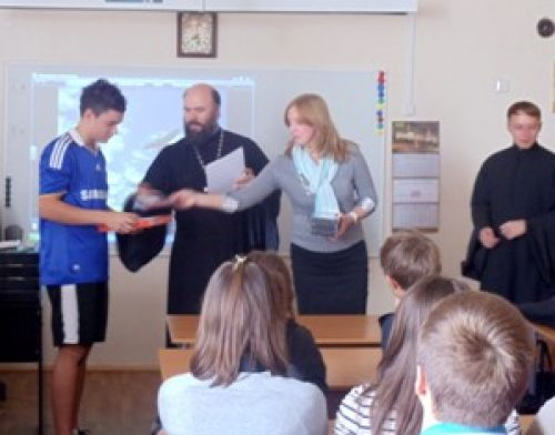 Встреча учеников 10-го класса школы №37 с военнослужащими войсковой части № 63791