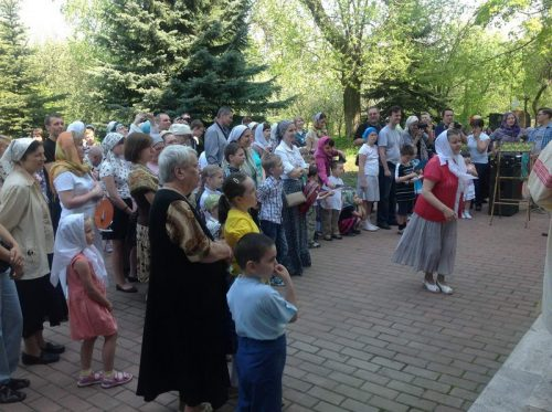 В храме Спаса Нерукотворного Образа на Сетуни состоялся детский пасхальный праздник