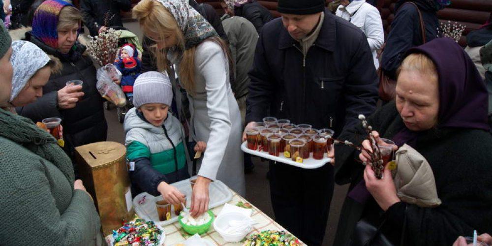 Благотворительная ярмарка «Верба» храма прав. Иоанна Русского в Кунцеве