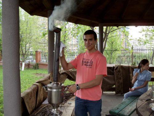 11 мая в рамках работы православного молодежного клуба «Неофит» состоялось открытие летнего сезона на подворье храма Архангела Михаила в Тропареве