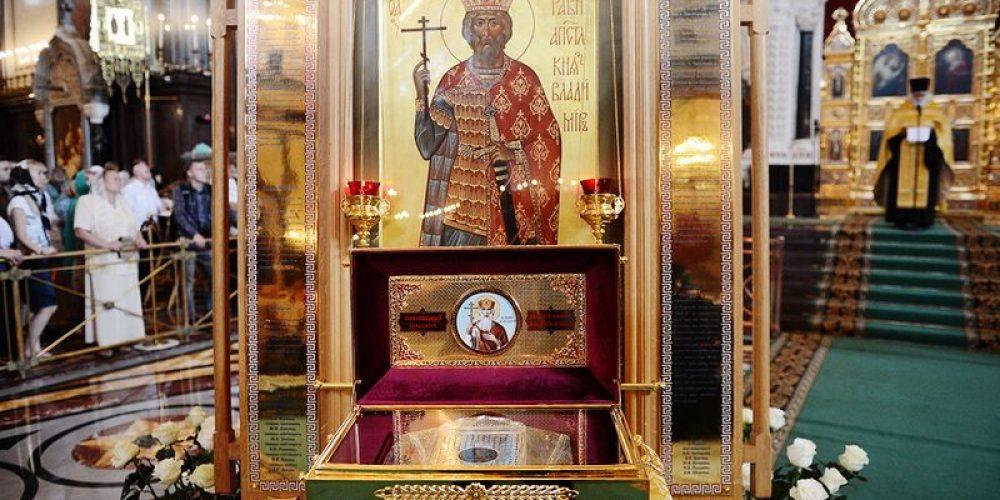 В день памяти святого равноапостольного великого князя Владимира Предстоятель Русской Церкви совершил Литургию в Храме Христа Спасителя в Москве