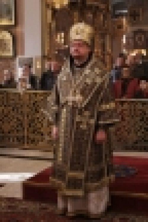 Епископ Бронницкий Игнатий совершил Божественную литургию в Богоявленском Кафедральном Соборе в Елохово