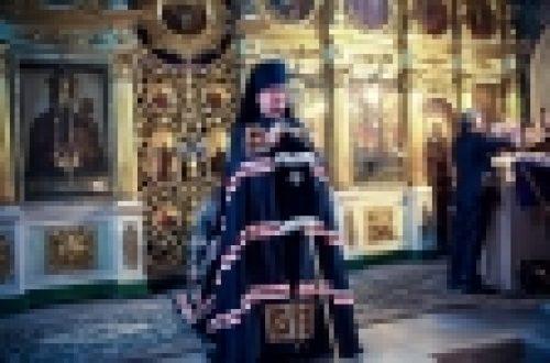 Епископ Выборгский и Приозерский Игнатий совершил вечерню с чином прощения в храме Рождества Иоанна Предтечи на Пресне